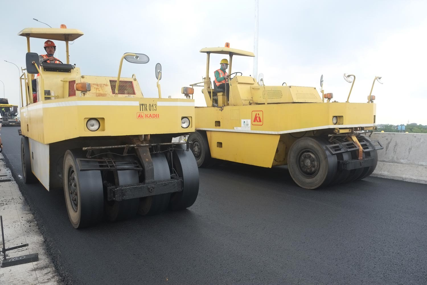 Compaction by PTR (Pneumatic tyred roller)
